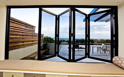 bifold windows 400x250 1