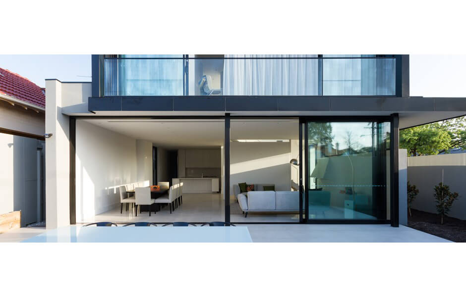 Two-Townhouses---Large-scale-aluminium-sliding-doors,-full-view-from-backyard