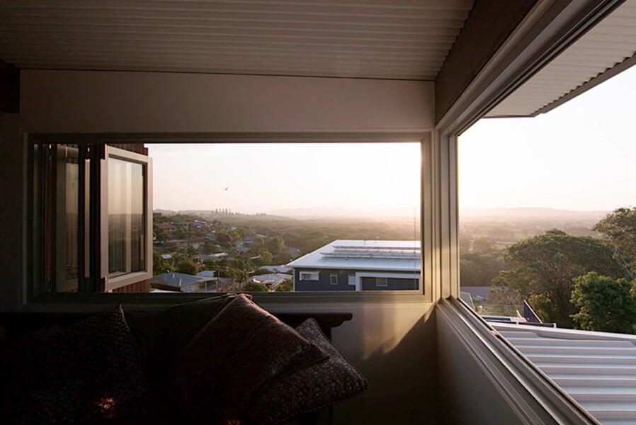 Bi Fold Windows - Corner Bi Fold Windows